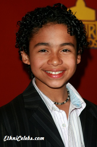 Noah Gray-Cabey - Gallery Colection