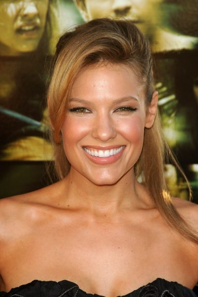 Kiele Sanchez  at the Los Angeles Premiere of 'A Perfect Getaway