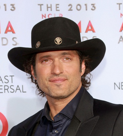 2013 NCLA ALMA Awards - Arrivals