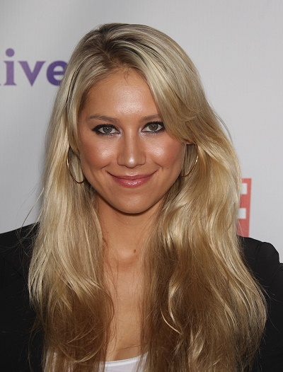 LOS ANGELES - AUG 11:  ANNA KOURNIKOVA arriving to Summer TCA Pa