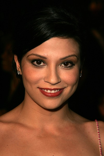 "BEVERLY HILLS - NOVEMBER 29: Navi Rawat at the ""8th Annual Famil"