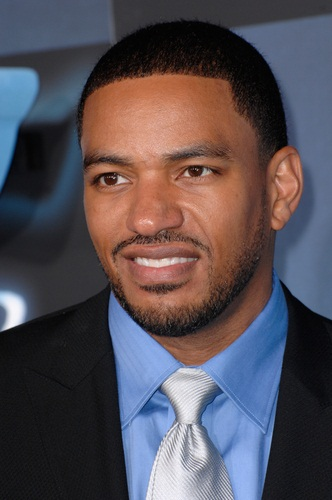 Laz Alonso - Gallery Photo