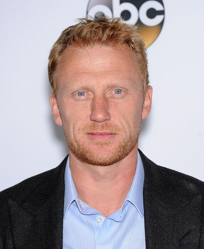 """LOS ANGELES - SEP 28:  Kevin McKidd arrives to """"Grey's Anatomy"""""""