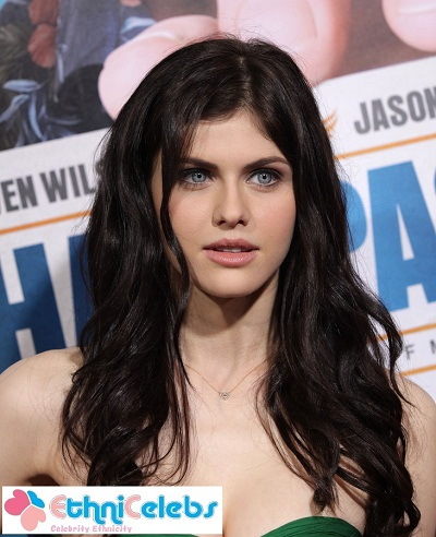 Actresses With Black Hair Blue Eyes Hot Girls Wallpaper