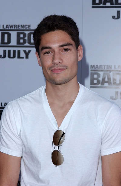 DJ Cotrona Ethnicity Of Celebs What Nationality Ancestry Race - Dj cotrona hairstyle