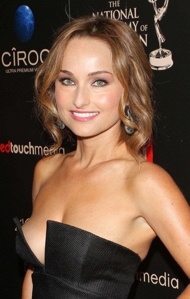 Giada De Laurentiis earned a  million dollar salary, leaving the net worth at 20 million in 2017