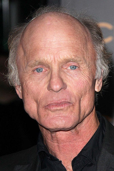 "Ed Harris at the ""Phantom"" Premiere, Chinese Theater, Hollywood,"
