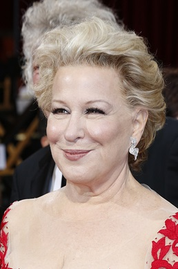 LOS ANGELES - MAR 2:: Bette Midler  at the 86th Annual Academy A