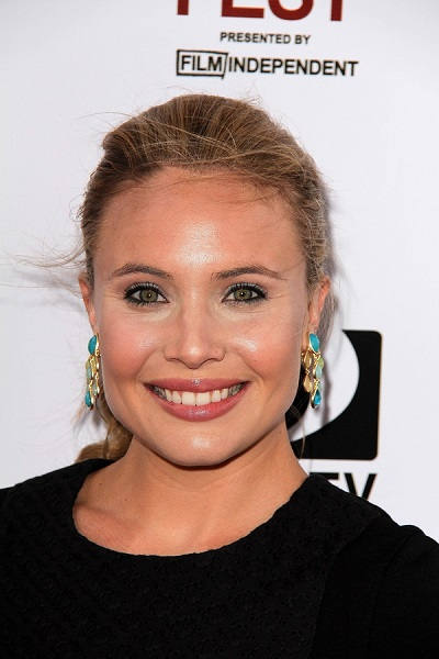 leah pipes pixel perfect