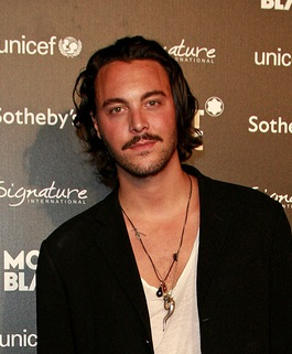BEVERLY HILLS - SEP 17: Jack Huston at the Montblanc Charity Auc