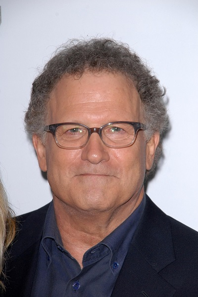 LOS ANGELES - DEC 12:  Albert Brooks arrives to the 'This is 40'