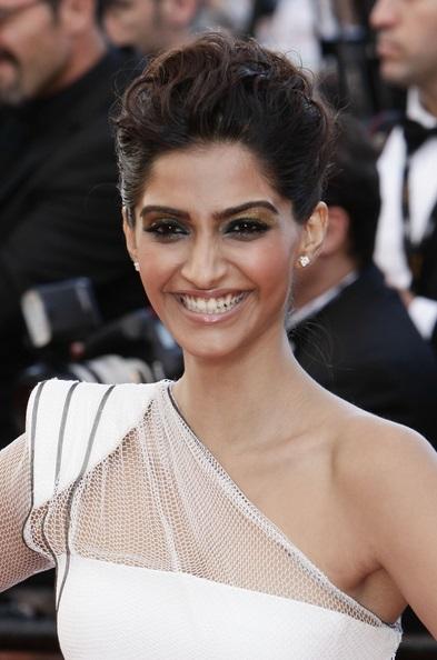 "64th Annual Cannes Film Festival - ""The Artist"" Premiere - Arrivals"