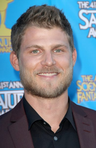 BURBANK - JUNE 25: Travis Van Winkle arrives at the 41st Annual