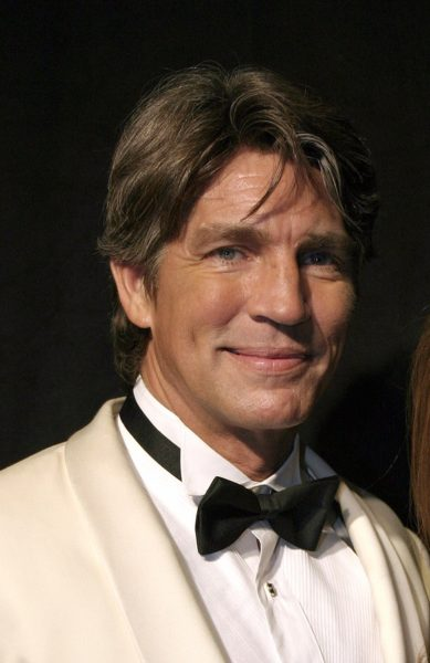17 December 2004 - Hollywood, California - Eric Roberts. 9th Ann