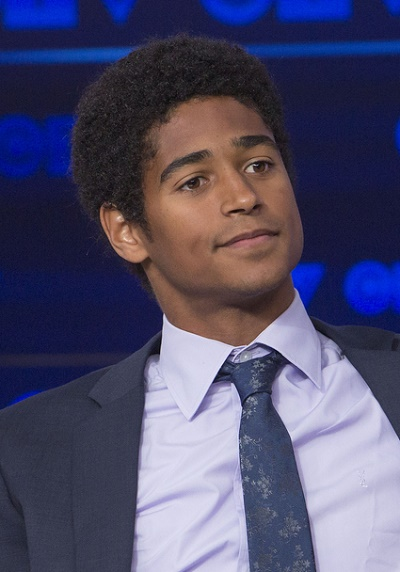 alfred enoch leaves how to get away