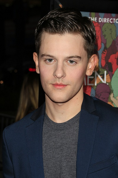 travis tope independence day