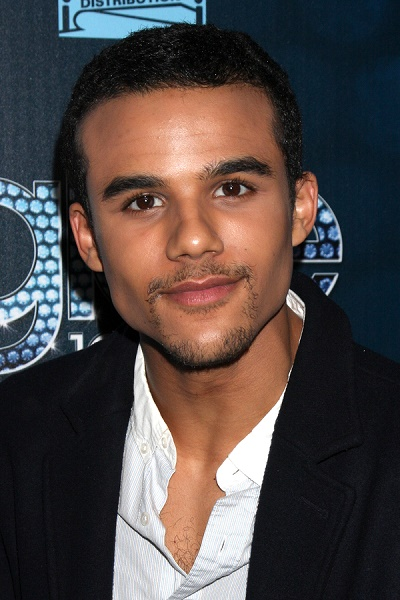 jacob artist and shay mitchell