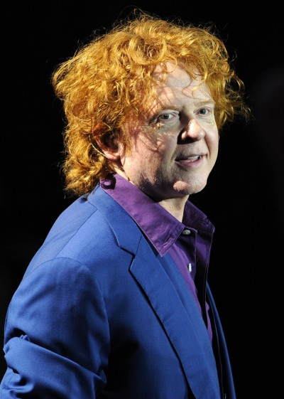 Mick Hucknall and Simply Red in Concert at the O2 Arena - April 2, 2009