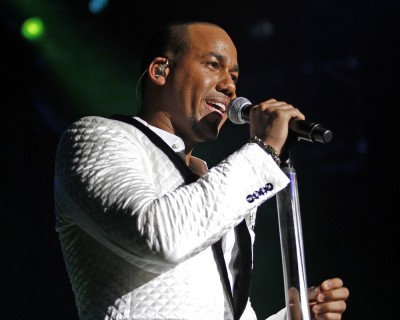 Aventura in Concert at the American Airlines Arena in Miami - December 19, 2009