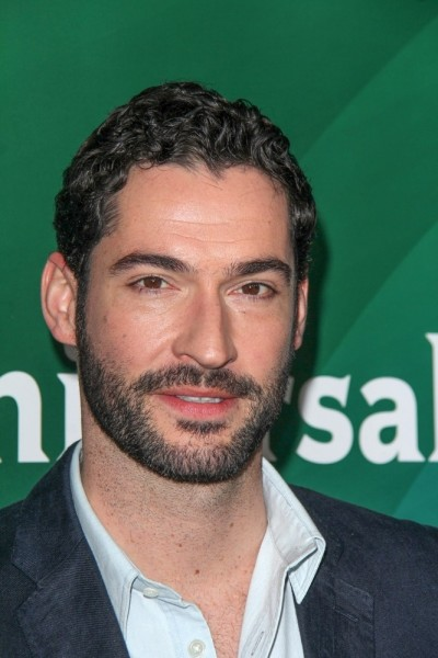 [Image: AES-131800-Tom-Ellis-400x600.jpg]