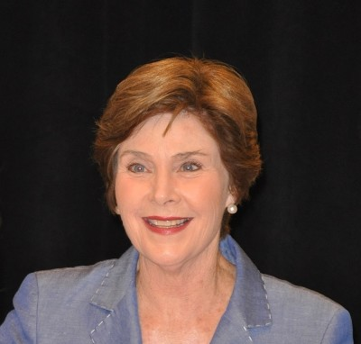 "Laura Bush ""Spoken from the Heart"" Book Signing at Barnes & Noble in Atlanta on May 19, 2010"