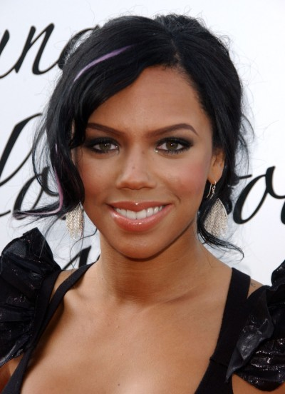 Kiely Williams Nude Photos 22
