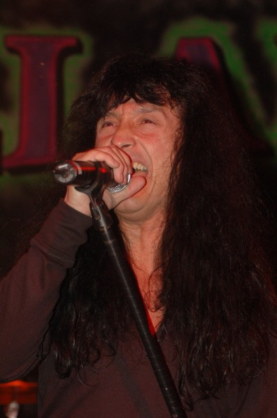 Joey Belladonna plays solo at the Pearl Room