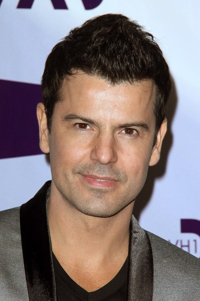 LOS ANGELES - DEC 16:  Jordan Knight arriving at the VH1 Divas C