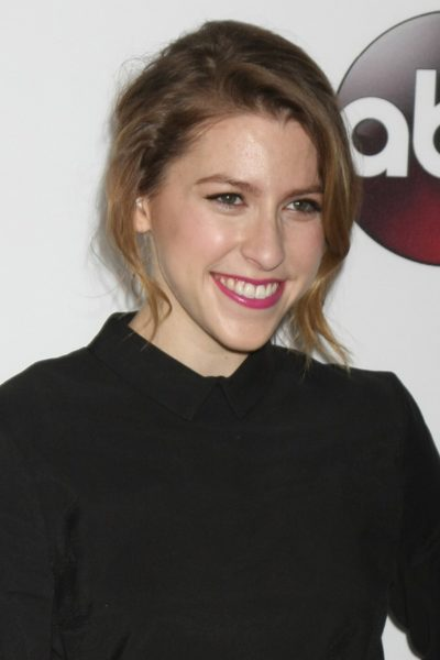 LOS ANGELES - JAN 9:  Eden Sher at the Disney ABC TV 2016 TCA Pa
