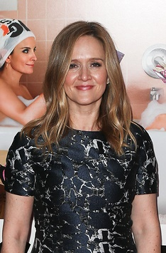 "NEW YORK-DEC 8: Actress Samantha Bee attends the premiere of ""Si"