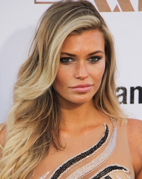 Samantha Hoopes - Ethnicity of Celebs   What Nationality